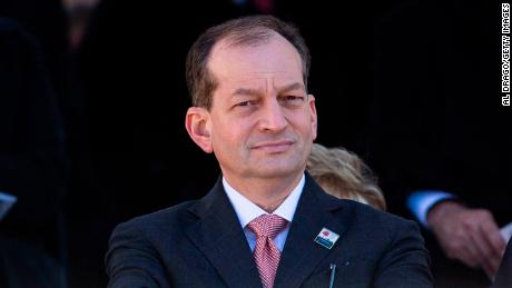 Trump's labor secretary, Alex Acosta, should resign over handling of sex-offender case