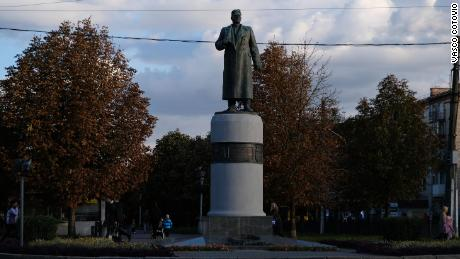 Statues of Russian figures, including Soviet World War II generals, are also common in Poltava. Lieutenant General Alexei Zygin liberated the Poltava region from the Nazis.