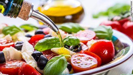 Eating a plant-based diet might help prevent type 2 diabetes, study suggests