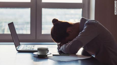 Wake up, people: You're fooling yourself about sleep, study says