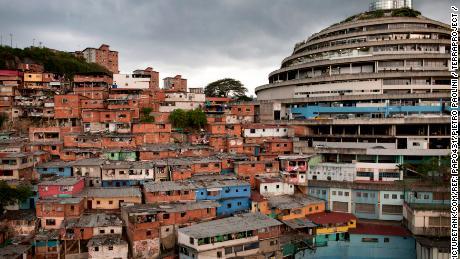 El Helicoide: Das futuristische Wunder, das Venezuelas Spirale jetzt in Verzweiflung bringt