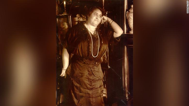 Maggie Lena Walker broke race and gender barriers as the first woman to establish and serve as president of a US bank.