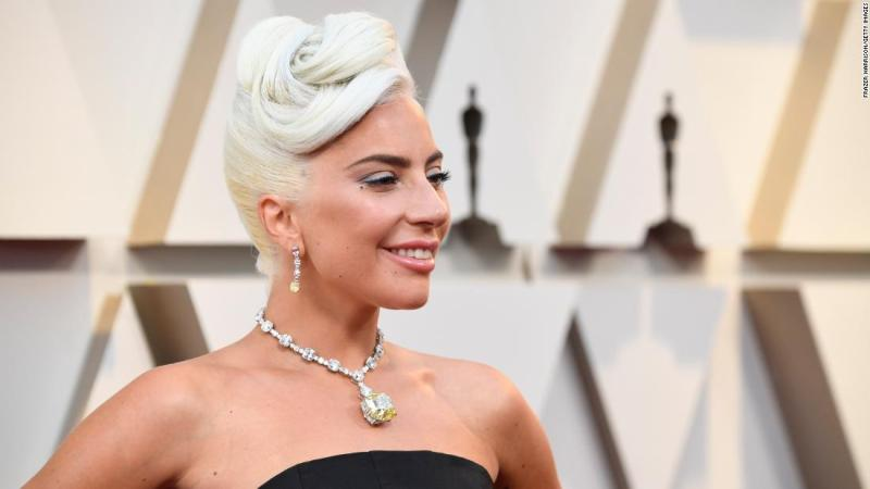 Best actress nominee Lady Gaga has been evoking Hollywood glamour since the start of the 2019 awards season -- from wearing a Judy Garland-esque periwinkle gown to the Golden Globes, to the knockout Tiffany's 128-carat yellow diamond necklace that she paired with a structural black gown by Alexander McQueen at the Oscars.