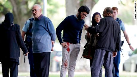 Multiple deaths as gunmen open fire in two mosques in New Zealand & # 39; s Christchurch