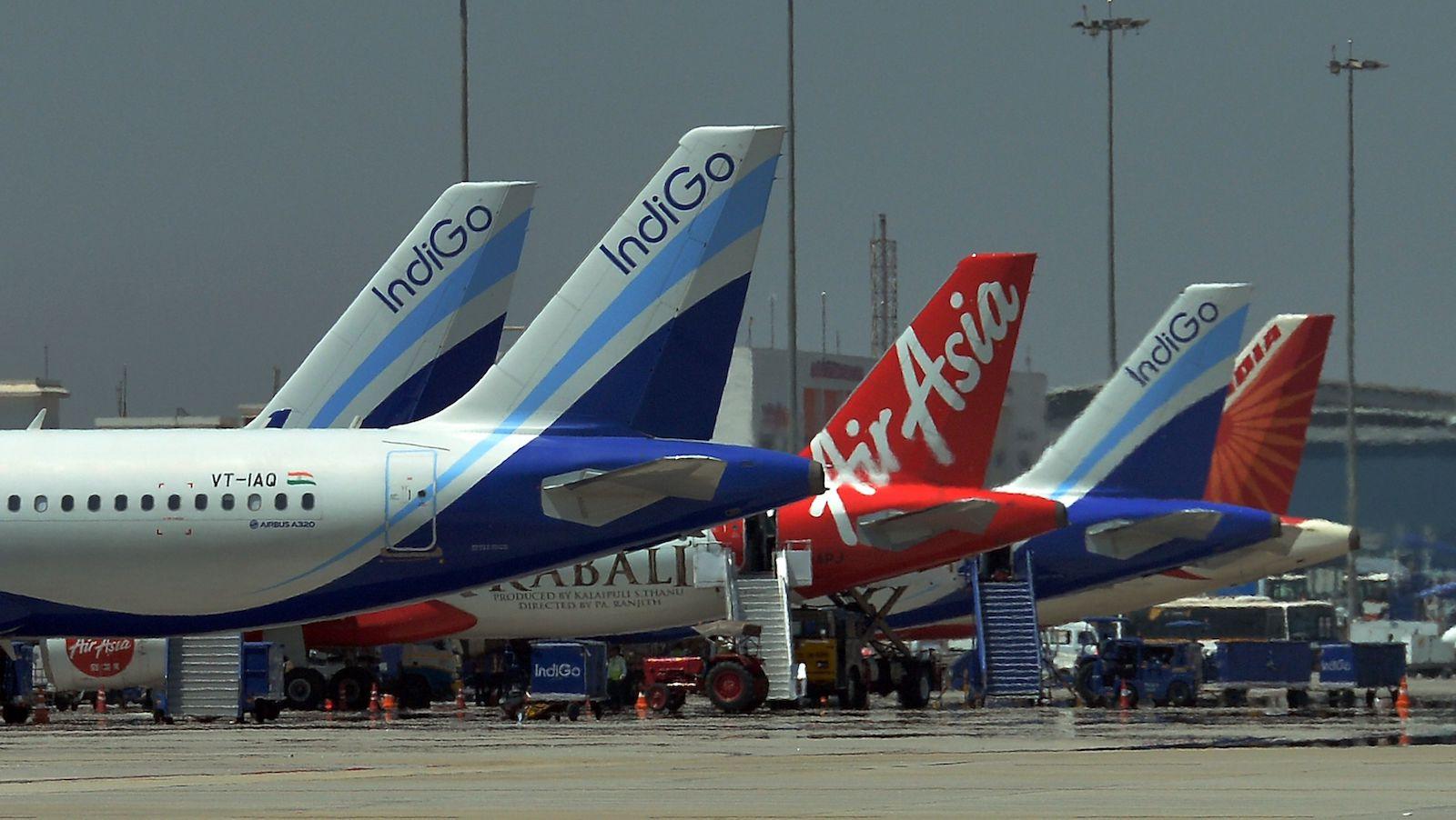 Resultado de imagen para airlines airplane air market asia