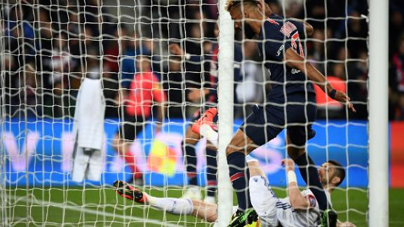 Eric Maxim Choupo-Moting: PSG striker with the worst miss ever? - CNN