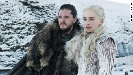 Kit Harington, Emilia Clarke in 'Game of Thrones'