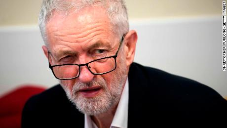 Jeremy Corbyn threatens no-confidence vote to stop no-deal Brexit