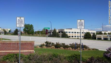 "Some police stations allow residents to use their parking lots as ""internet purchase exchange"" locations."