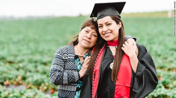 Erica Alfaro poses with her mother, Teresa Herrera.