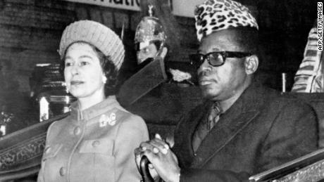 Mobutu Sese Seko with the Queen in December 1973.