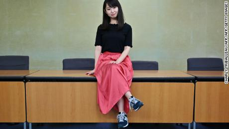 Thousands of Japanese women join the campaign to ban workplace heels requirements