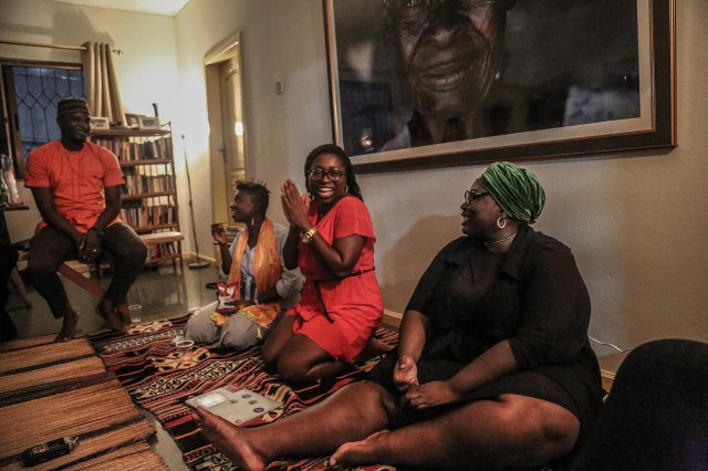 Sekyiamah hosts a gathering of friends in her home to discuss various topics around sexuality.