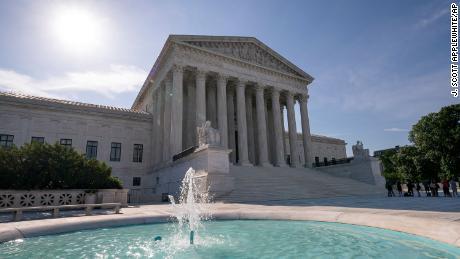 Supreme Court upholds the scope of federal sex offender registration law in case testing 'nondelegation doctrine'