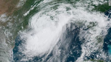 Barry strengthens into Category 1 hurricane as it nears landfall in Louisiana