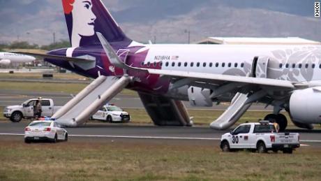 seven hawaiian airlines passengers