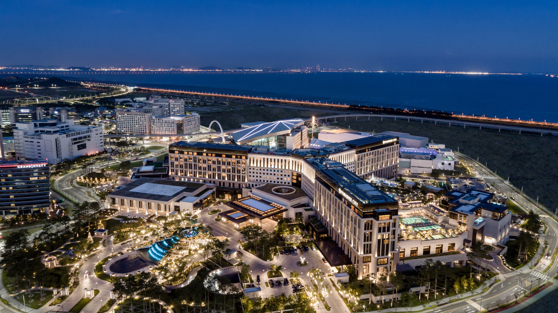 Paradise City At Incheon Aiport South Korea Sets High Bar