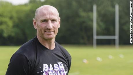 Welsh rugby legend Gareth Thomas reveals he has HIV