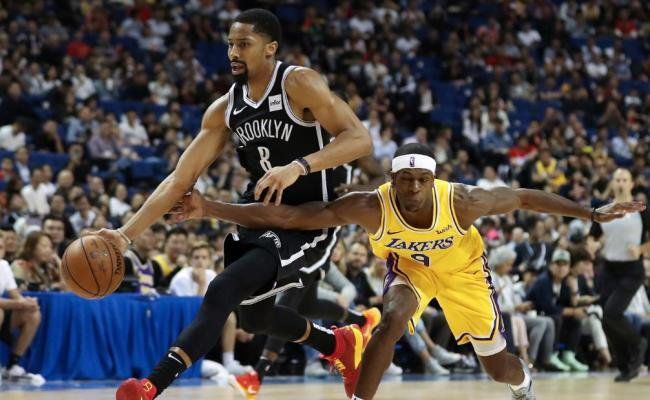 Lakers And Nets Warmly Greeted By Chinese Fans But Nba