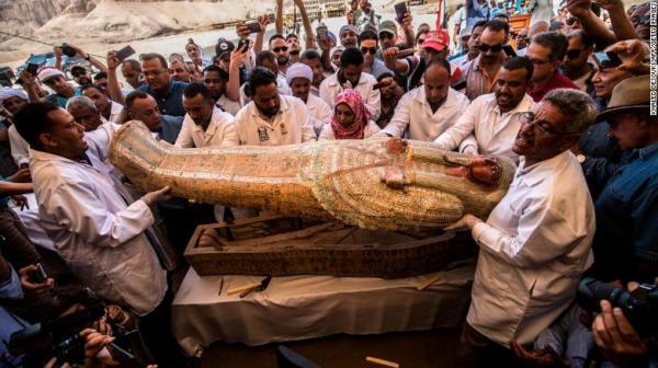 https://i0.wp.com/cdn.cnn.com/cnnnext/dam/assets/191019182037-01-egypt-discovers-ancient-coffins-trnd-exlarge-169.jpg?w=600&ssl=1
