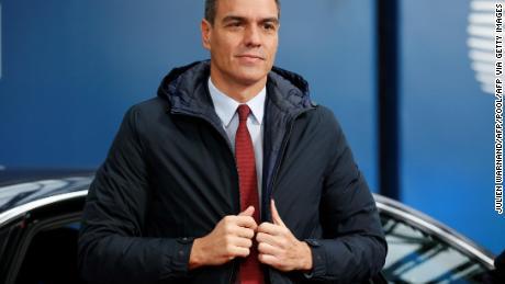 Agendo Primo Ministro spagnolo Pedro Sanchez, nella foto il mese scorso, ha accusato i partiti di opposizione per la situazione di stallo politico.