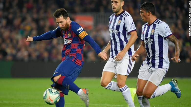Lionel Messi scored twice in Barcelona's 5-1 win over Valladolid Tuesday.