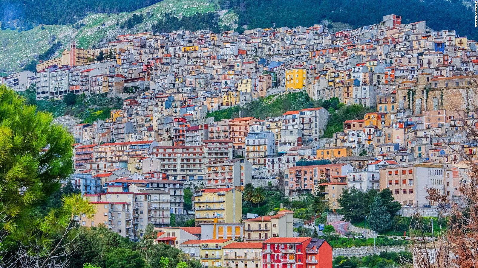 Italian Town Of Cammarata Offers Free Houses To Lure New Residents Cnn Travel