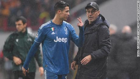 Ronaldo and Sarri exchange words after the forward was substituted against Lokomotiv Moscow.