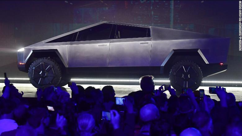 El Tesla Cybertruck está construido con el mismo acero que utiliza SpaceX de Elon Musk para cohetes.
