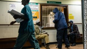 Zimbabwe health system overwhelmed as country goes on new strict lockdown, doctors say