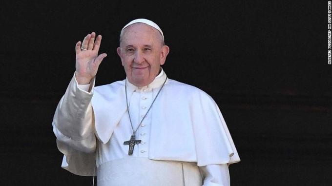 Pope Francis appoints first woman to senior Vatican diplomatic ...