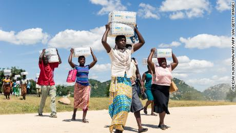 Empty stomach and unpaid salaries, deepening economic crisis in Zimbabwe by 2020