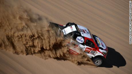 Former F1 champion Fernando Alonso escapes double roll crash at Dakar Rally