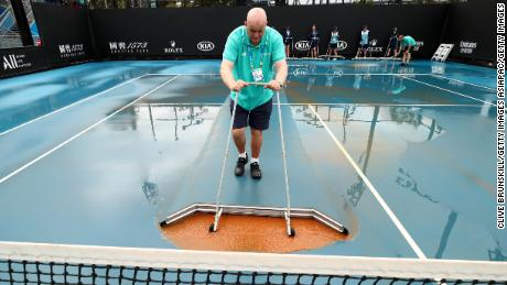 Weather has caused disruption at the 2020 Australian Open.