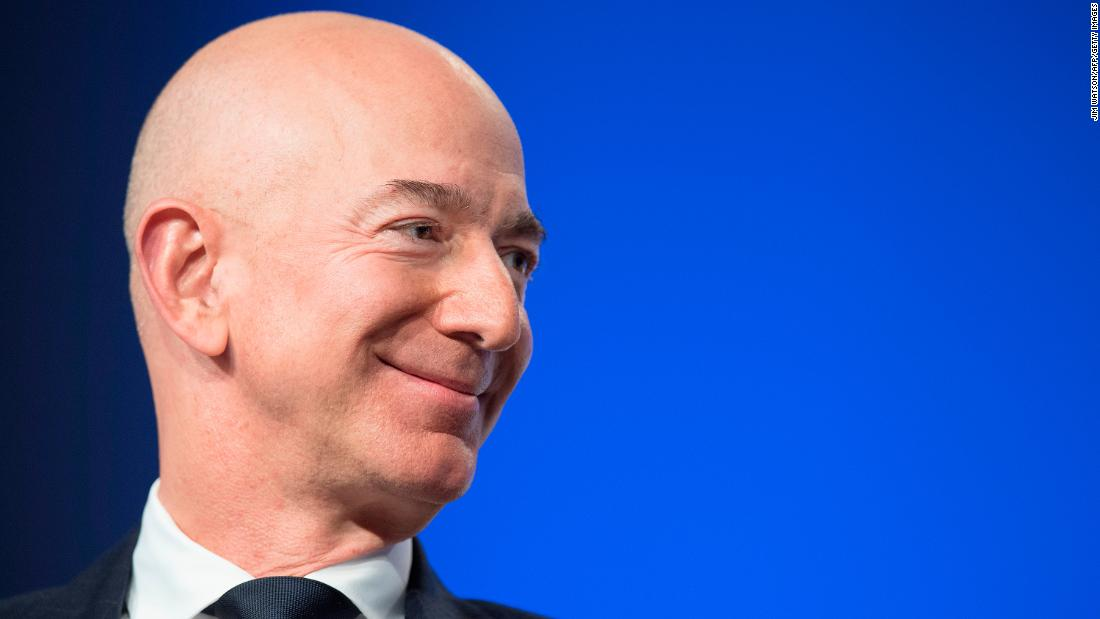Photo of Jeff Bezos has just lost $ 165 million in a new Beverly Hills mansion