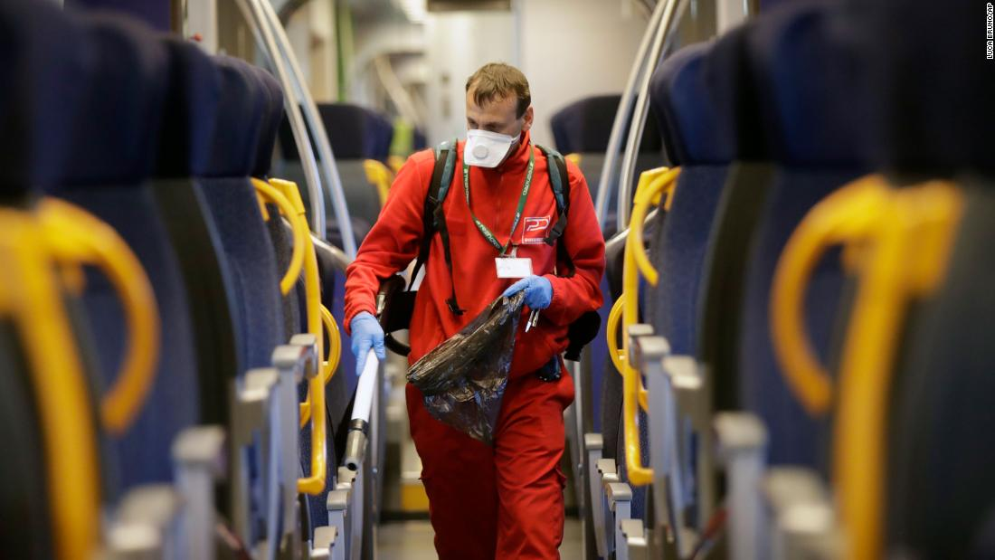 Italy: 50% rise in coronavirus cases - CNN
