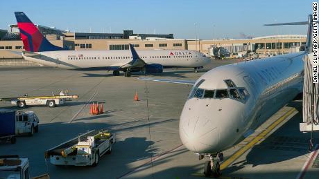 Airlines win regulatory relief to ease coronavirus hardship