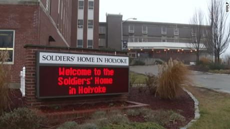The coronavirus death toll makes 47 dead among the besieged Holyoke soldiers & # 39; Home