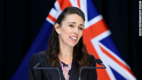 New Zealand reported a decline in new coronavirus cases for the fourth consecutive day. The country is still tightening its border restrictions