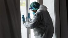 Medical workers in New York's Brooklyn neighborhood continue to experience an influx of coronavirus cases.