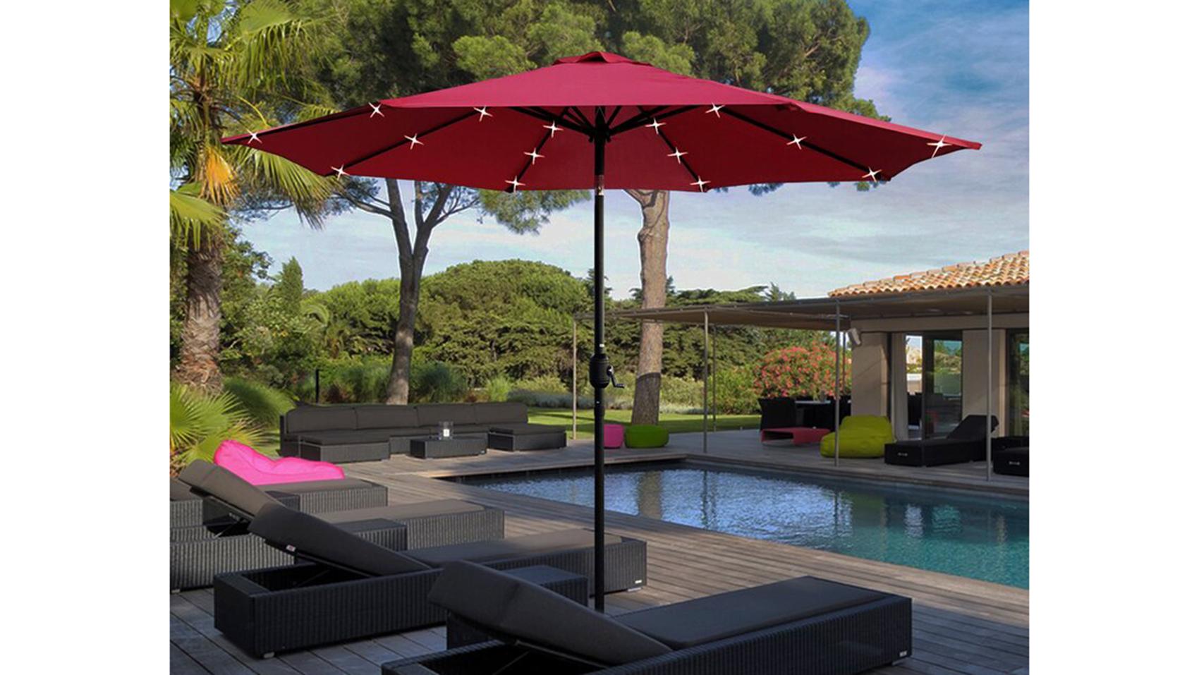 outdoor workspace ideas umbrellas