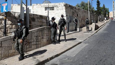 Unarmed Palestinian man shot dead by police in Jerusalem