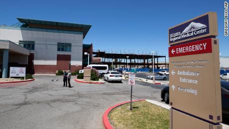 Региональный медицинский центр Эль Центро показан в среду, 20 мая 2020 года, в Эль Центро, Калифорния.