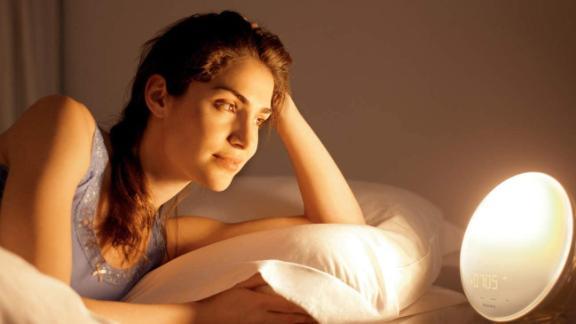 Philips SmartSleep Wake-Up Light Therapy Alarm Clock