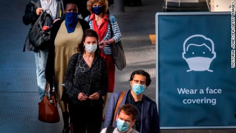 Refusing to wear face masks should be as taboo as drinking and driving, says chief scientist