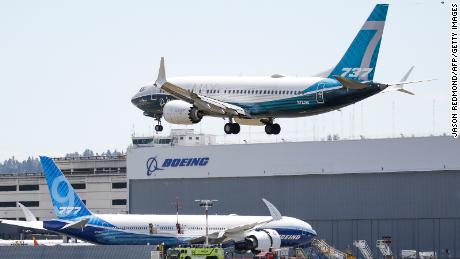 Boeing wins first order for 737 Max aircraft this year