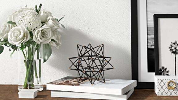 Mercury Row Wire Star Iron Sculpture