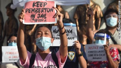 People are protesting against the decision to pardon Pemberton at a demonstration in Manila, Philippines on September 8, 2020.