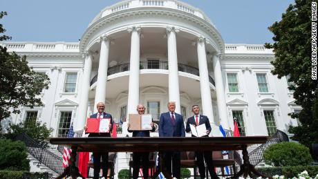 Bahrain Foreign Minister Abdullatif al-Zayani, Israeli Prime Minister Benjamin Netanyahu, US President Donald Trump, and UAE Foreign Minister Abdullah bin Zayed Al-Nahyan after participating in the signing of the Abraham Accords.