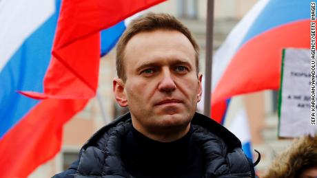 Novichok found on water bottle suggests Russia's Navalny poisoned before he went to airport, aides say